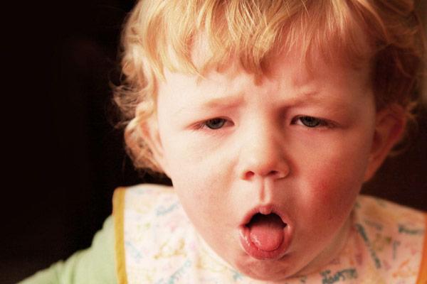 ребенок кашляет признак коклюша