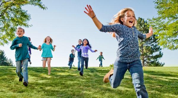 активные дети играют причина перелома локтевого сустава