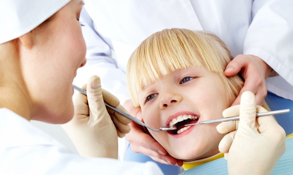 на приеме у зубного