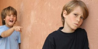 Заикание — можно ли вылечить логоневроз у детей без медикаментов?