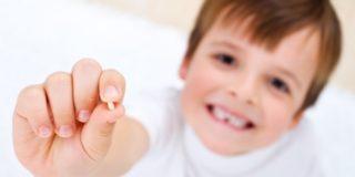 Как прорезываются и выпадают молочные зубы у детей
