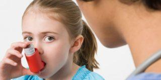 Почему появляется свистящий кашель у ребенка