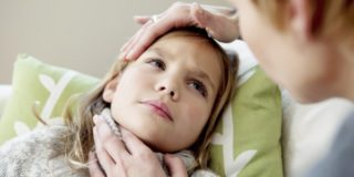 Что делать, если отекло горло у ребенка
