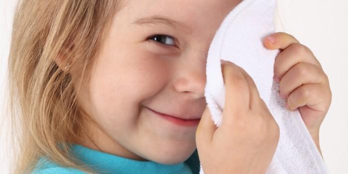 чем промыть глаза ребенку
