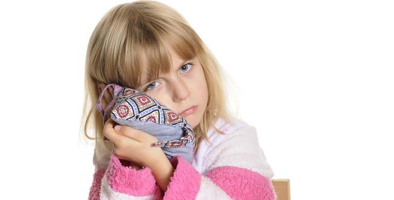 свищ на десне у ребенка симптомы