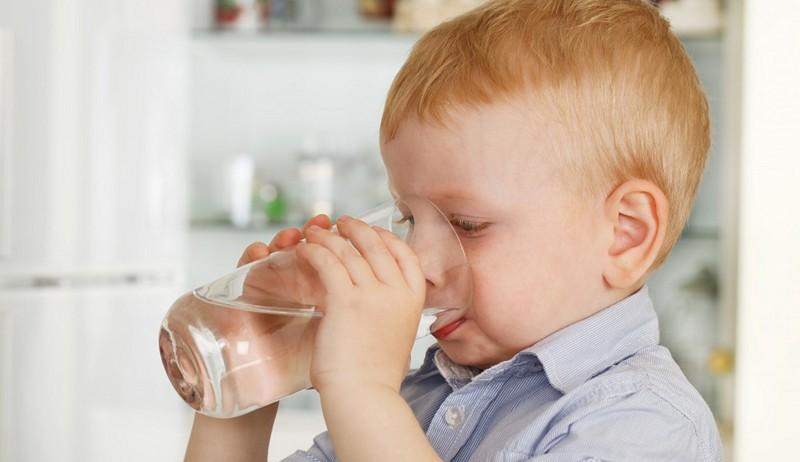 вода ребенку