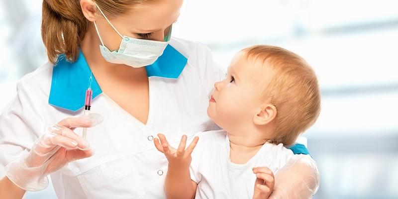 Когда и сколько раз делается прививка от кори детям?